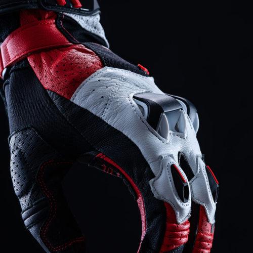FIVE_RFX2_black_red_2020_focus_07