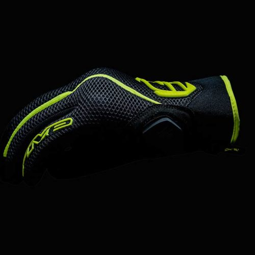 FIVE_RS5_Air_Fluo-Yellow_2017_focus_01