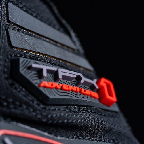 tfx1_adventure_black_focus_8